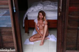 Nicole Ross nude on the villa