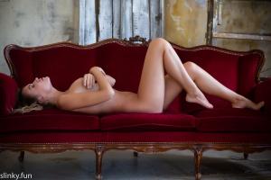 Stock Foto Beautiful nude model Nicole Ross with big tits