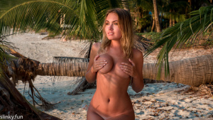 Naked Nicole Ross model playboy Teen naked Sexy model playmate nude not porn