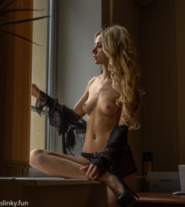 The most popular model Playboy nude photo shoot