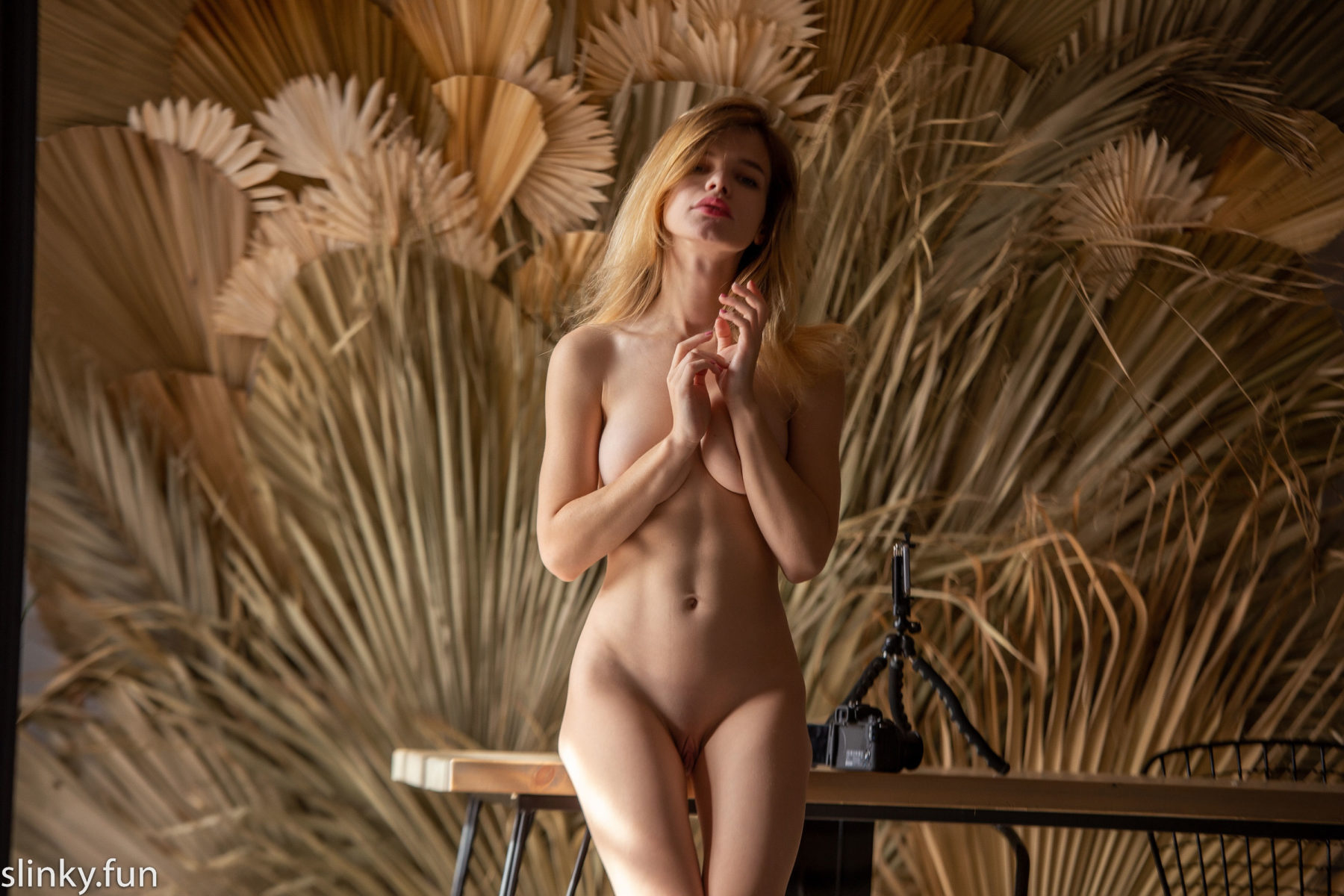 Masha Zaitseva - young nude model from the city of St. Petersburg